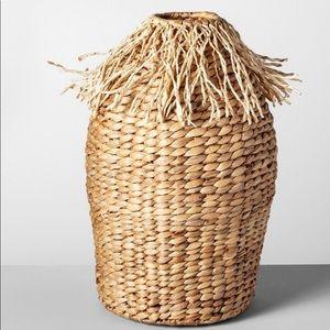 🌿OpalHouse decorative water Hyacinth fringe vase